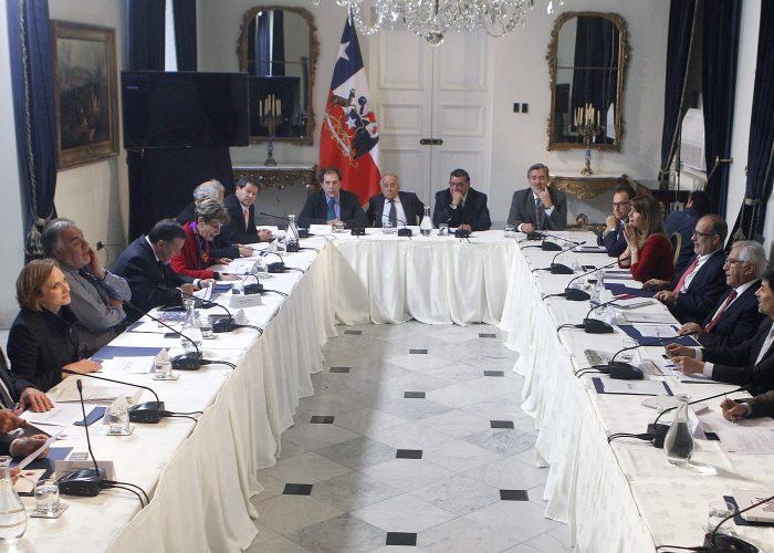 Ruido. ¿Por qué los partidos no escuchan al Chile actual?